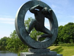 Circle of Life statue in Oslo