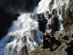 The big waterfall on Trolstigen Pass where we had our group photo taken